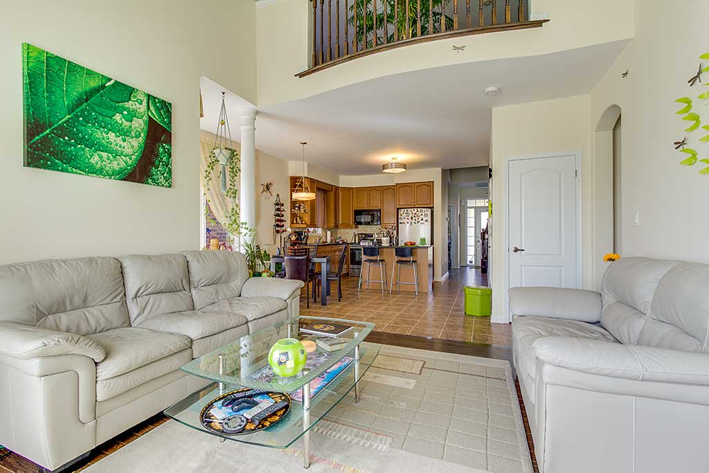 Living room 2 real estate image - Living room realty ...